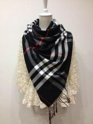 foulard cheche burberry,comment reconnaitre vraie echarpe burberry,echarpe  burberry moins cher 5a8ca9202f5f